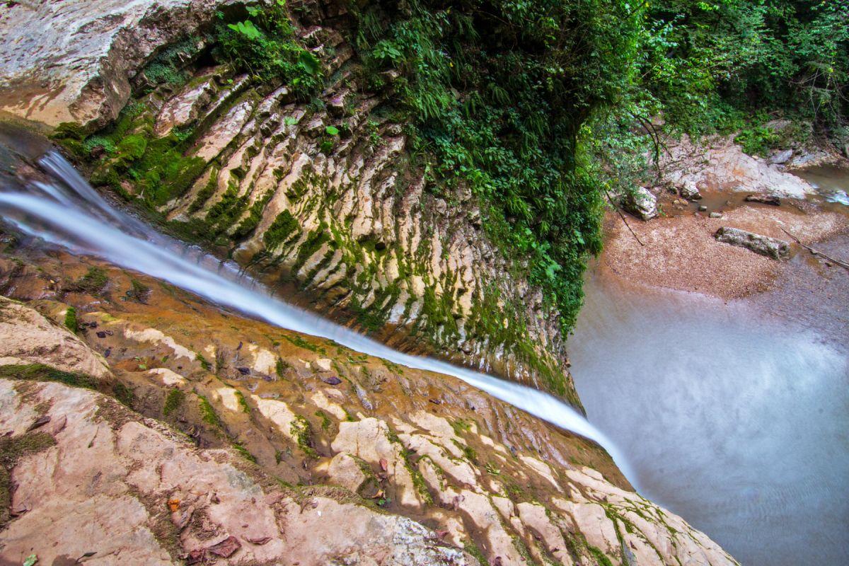 Водопады Руфабго